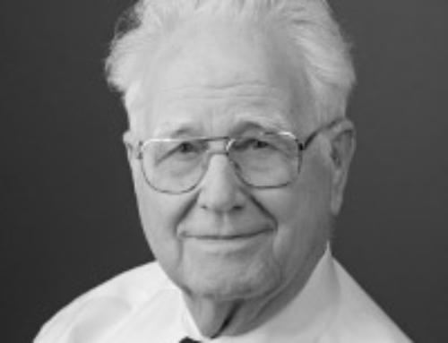 Jan Roskam Receives 2016 Distinguished Engineering Service Award